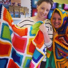 Granny squares with nice tight gaps.