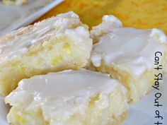 Pineapple Bars with Coconut Drizzle is like eating Pina Colada Bars!  http://cantstayoutofthekitchen.com/2014/07/28/pineapple-bars-coconut-drizzle/