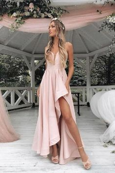 Beautiful Prom Dresses Long, Prom Dresses Simple, Pink Bridesmaid Dresses The post Beautiful Prom Dresses Long, Prom Dresses Simple, Pink Bridesmaid Dresses & Ballkleid/Abikleid appeared first on Prom dresses . Straps Prom Dresses, Pink Prom Dresses, Beautiful Prom Dresses, Homecoming Dresses, Sexy Dresses, Dress Prom, Light Pink Bridesmaid Dresses, Light Pink Dresses, Simple Prom Dress