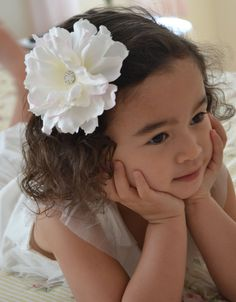 Flower girl hair pin