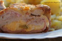 moje pasje: Zawijane koperty schabowe z serem i szynką Polish Recipes, French Toast, Food And Drink, Menu, Chicken, Dinner, Breakfast, Kitchen, Places