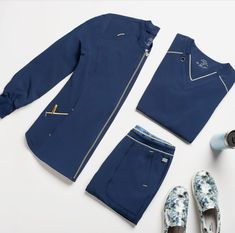 Ensure comfort throughout the workday when you wear Cherokee Statement. This comfy modern fit collection can be found at Scrubs & Beyond. Cherokee Scrub Pants, Cherokee Scrubs, Stylish Scrubs, Cherokee Brand, Scrub Jackets, Scrub Life, Nursing Clothes, Teen Fashion Outfits, Jeans