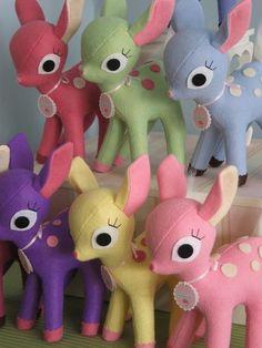felt deer  tu me les avais cache ceux ci @Yvonne Lemee  !!!!