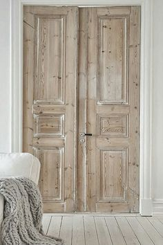 Scrubbed looks like pine doors with a white painted floor. Sorry, source unknown. People, credit your sources when you pin!!! Not that anyone is reading this or even cares. grrrr...