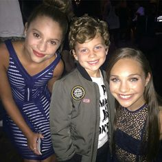 "1000formsofmadison: ""Maddie and Mackenzie at the #tigerbeat #teenchoice pre party! """