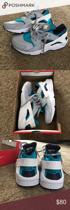 innovative design 37ab5 6d5f9 NIB Nike Air Huaraches Nike Air Huaraches, new in box. Colors are grey,