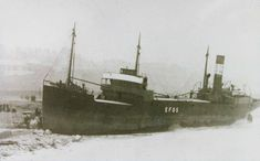 A 1927 image of Efos, a German merchant ship, broken into two pieces on the sands at Roker. See text. Sunderland Echo, The Loch, Londonderry, North Sea, Shipwreck, Fishing Boats, Newcastle, East Coast, Sailing Ships