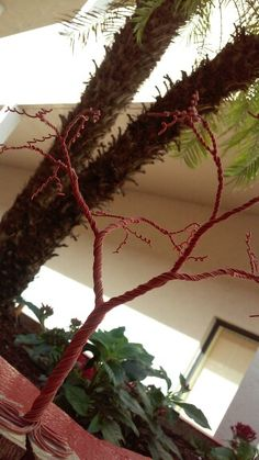 Tree Photo Finder, Wreaths, Home Decor, Decoration Home, Door Wreaths, Room Decor, Deco Mesh Wreaths, Home Interior Design, Floral Arrangements