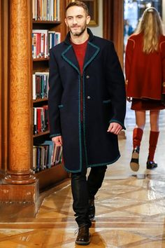 Chanel - Pre-Fall 2015-16 - Shows - Vogue.it