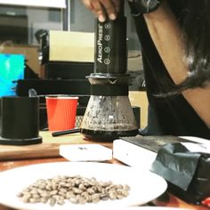 Different method but came from the same source #roastandgrind #teamkopi #grindhard #rgbeans #rglab #roaster #coffeeroaster #coffee #cafemy #cafekl #cafepj #cafemalaysia #cafehopmy #klcoffeespots #petalingjaya #aeropress http://ift.tt/1Vbg53z