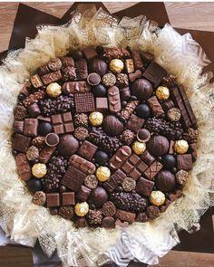 Fruit Flower Basket, Food Bouquet, Edible Bouquets, Cute Birthday Gift, Purple Birthday, Chocolate Bomb, Table Arrangements, Diy Flowers, Acai Bowl