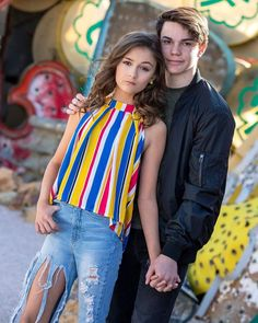 Preteen Girls Fashion, Girls Fashion Clothes, Girl Fashion, Girly Girl Outfits, Kids Outfits Girls, Cute Couple Poses, Cute Couples Goals, Stylish Outfits, Cute Outfits