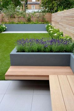 35 attractive Small Backyard Landscaping Ideas 18