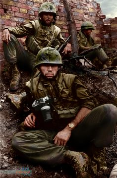 Don McCullin War Photographer with Delta Company 1/5th US Marines during the Battle for Hue Tet Offensive Vietnam. February 1968 [1960 x 3000]