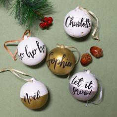 Diy Christmas Baubles, Cute Christmas Presents, Handpainted Christmas Ornaments, Personalised Christmas Baubles, Christmas Love, Christmas Balls, Handmade Christmas, Christmas Tree Decorations, Personalised Bauble