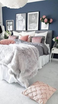 What To Expect From Romantic Master Bedroom Decor On A Budget Diy Headboards 35 – bdarop - Home decor cozy Blush Pink Bedroom, Pink Bedrooms, Girls Bedroom, Bedroom Ideas, Blue Bedroom, Modern Bedroom, Teenage Girl Bedroom Decor, Teen Girl Bedding, Minimalist Bedroom