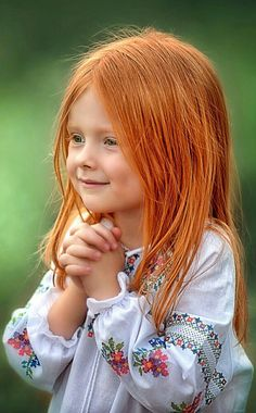New art girl smile children Ideas Precious Children, Beautiful Children, Beautiful Babies, Beautiful People, Art Children, Redhead Girl, Beautiful Redhead, Beautiful Eyes, Beautiful Red Hair