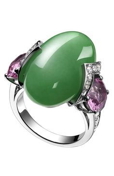 White gold ring with jade, spinel and diamond fine jewelry collection of Bulgari .