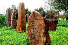 A journey into the mysterious world of Sardinian artist, Pino Sciola » The Sardinia Blog