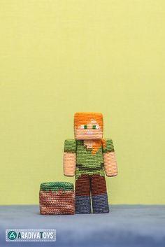 """Ravelry: Alex from """"Minecraft"""" pattern by Olka Novitskaya Crochet Gifts, Cute Crochet, Crochet Yarn, Crochet Toys, Minecraft Pattern, Minecraft Crochet, Amigurumi Tutorial, Amigurumi Patterns, Crochet Patterns"""