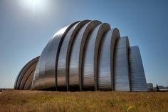 Kauffman Center for the Performing Arts, Kansas City, Missouri - photo by Todd Landry, via Flickr