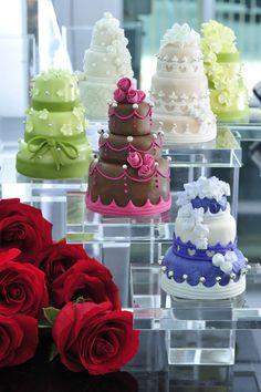 Mini Wedding Cake ❤ Thomas Trillion Patisserie ❤ http://www.thomastrillion.com/