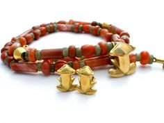 18K Gold Frog Necklace 14K Earrings Set Banded Carnelian Jade Bead Vintage #TheJewelryLadysStore #Beaded