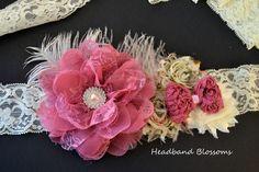 Plumas de inspiración vintage rosa y marfil por HeadbandBlossoms