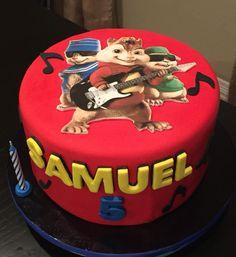 Alvin and the chipmunks birthday cake