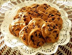 The Best Chocolate Chip Cookies Recipe Best Chocolate Chip Cookies Recipe, Chip Cookie Recipe, Chocolate Chips, Paleo Cookies, Chocolate Recipes, Dessert Simple, How To Make Brownies, How To Make Cookies, Sugar Free Cookie Recipes