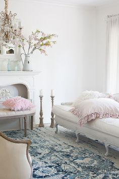 How to decorate for spring with simple accents and just a few touches. Decorating for the Hygge design trend.