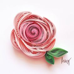 Do not watch the petals fall from the rose with sadness, know that, like life, things sometimes must fade,before they can bloom again. Neli Quilling, Quilled Roses, Paper Quilling Flowers, Origami And Quilling, Paper Quilling Patterns, Quilled Paper Art, Quilling Paper Craft, Paper Quilling For Beginners, Quilling Techniques