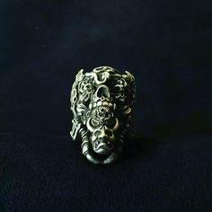 #hand #carved #skulls #wax #handmade #and #engraved #sterlingsilver925 #rings #skullrings #jewelry #by #RavenStudio. #amazing #awesome #gift #for #mens #mensfashion #boy #boyfriend #friends #like4like #followme #navneetgemscom