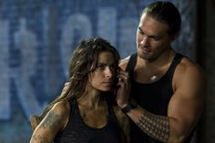 Still of Jason Momoa and Sarah Shahi in Bullet to the Head (2012)