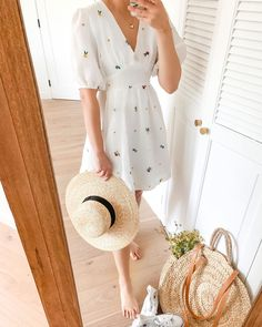 Dresses – Breath of Youth Summer Day Dresses, Dresses For Teens, Casual Dresses, Casual Outfits, Cute Outfits, Fashion Outfits, Woman Outfits, Midi Dresses, Club Dresses