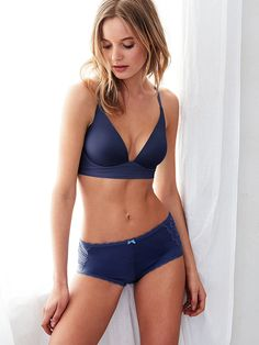 That moment when you forget you're even wearing a bra. Yeah, get used to it. | Victoria's Secret The Lounge Bra