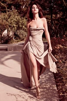 Selena Gomez's Stunning Elle Mexico Cover Photo Shoot - Dailyfill