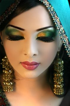 Step by Step Arabic Party Wear & Bridal Eye & Complete Face Makeup Tutorial with Pictures (12)