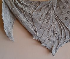 Knitangle is a simple triangular shawl, inspired by Zentangle.