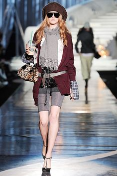 Dsquared2 Fall 2009 Ready-to-Wear Fashion Show - Daria Strokous