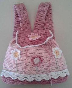 New Baby Girl Accessories Hooks Ideas Crochet Dollies, Crochet For Boys, Crochet Purses, Diy Crochet, Crochet Toys, Crochet Baby, Crochet Backpack, Backpack Pattern, Baby Girl Accessories