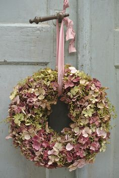 hydrangea garden care New Photos Kranz Concepts Among probably the most lovely and sophisticated varieties of plants, we cautiously picked the match Hydrangea Garden, Hydrangea Wreath, Hydrangea Flower, Floral Wreath, Green Hydrangea, Deco Floral, Arte Floral, Wreaths And Garlands, Door Wreaths