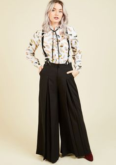 Proper Presentation Pants in Black. Demonstrate a dapper aesthetic with the posh professionalism of these wide-leg trousers! #black #modcloth