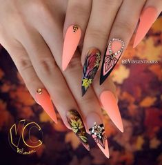 we compare more than 200 gorgeous coffin nails with stiletto nails.In the spark of the contrastive collision of these gifted nail creations, Autumn Nails, Fall Nail Art, Fall Nail Colors, Halloween Nail Designs, Fall Nail Designs, Cute Nails For Fall, Nagel Bling, Peach Nails, Nailart