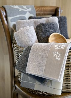 Lovely jacquard-knit Saaga terry towel is made of 100 % cotton. Belonging to Saaga (Saga) series, this towel brings a luxurious, soft touch to your bathroom. Terry Towel, Saga, Touch, Bathroom, Interior, Cotton, Design, Washroom, Indoor