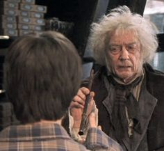 Mr Ollivander who owns the wand shop in Diagon Alley Harry Potter World, John Hurt Harry Potter, Harry Potter Quiz, Mundo Harry Potter, Harry Potter Characters, Lord Voldemort, Ravenclaw, Doctor Who, Garrick Ollivander