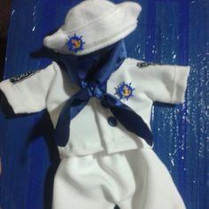 Roupa de boneco marinheiro
