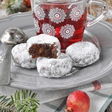 Κουραμπιέδες σοκολάτας με αμύγδαλα Snowball Cookies, Almond, Muffin, Cheese, Chocolate, Breakfast, Christmas, Food, Morning Coffee