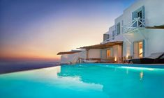 Villas in Mykonos : All villas, suites and 5 star hotel suites in Mykonos included in our portfolio are professionally inspected to make sure all our standards are met. Mykonos Town, Mykonos Greece, Mykonos Villas, Rent A Villa, Beautiful Villas, Beautiful Places, Resort Villa, Hotel Suites, Private Pool