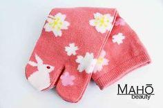JAPANESE-tabi-split-toe-socks-SAKURA-RABBIT-geta-kimono-flip-flop-KIDS-20-23cm
